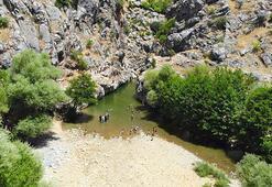 Birkleyn Mağaraları tatile çıkamayanların uğrak mekanı oldu