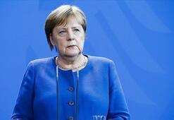 Merkel: AB anlaşmasız Brexite hazırlıklı olmalı