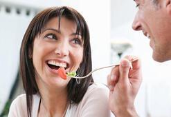 Yedikleriniz ile ruhunuzu tazelemenin 10 basit yolu - Ruh halini güçlendiren gıdalar nelerdir