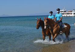 Sarımsaklı Plajlarının güvenliği atlı jandarma timlerine emanet