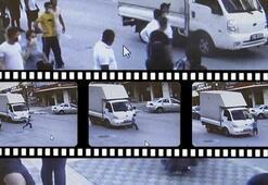 Esenyurtta kamyonetin çocuğa çarpma anı kameraya yansıdı