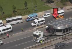 Son dakika haberleri... İstanbul trafiğinde şaşırtan görüntü Kilitledi...