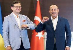 Ukrayna Dışişleri Bakanı Antalya'da: Türkiye turistler için güzel önlemler almış