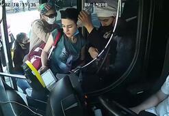 Akılalmaz görüntüler Kadın yolcuyu aralarını alıp cüzdanını çaldılar