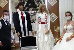 Koronavirüs bunu da yaptırdı Tekirdağda cansız mankenlerle düğün