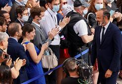 Fransada toplumsal ve ekonomik krizler başbakanı istifaya götürdü