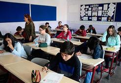 Son dakika: Okulların açılmasıyla ilgili Sağlık Bakanlığından flaş açıklama