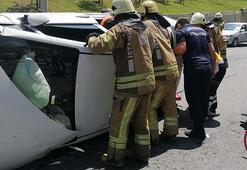 Yan yatan araçta sıkışan iki kadın dehşeti yaşadı