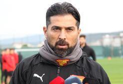 Son dakika - Göztepe'de İlhan Palut istifasını sundu, yönetim kabul etmedi