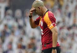 Kırmızı kart gören Feghouliye büyük tepki Terim çıldırdı...