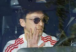 Son dakika transfer haberleri | Mesut Özil bombası Türkiyedeki yeni takımı...