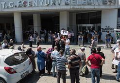 Esenyurt Belediyesi önünde pazarcı gerilimi