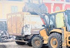 Karşıyaka'yı kirleten kamyoncuya çifte ceza