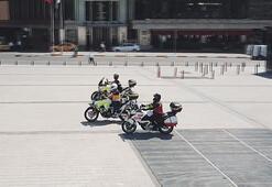 İstanbulun motosiklet ambulansları ilk kez görüntülendi