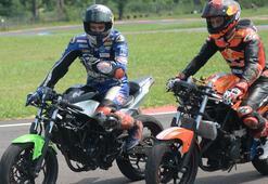 Milli motosikletçi Toprak Razgatlıoğlu yeni sezon için motorunu ısıtıyor