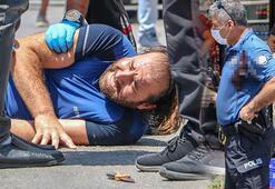 Antalyada dehşet anları Aranan şüpheli 2 polisi bıçakladı