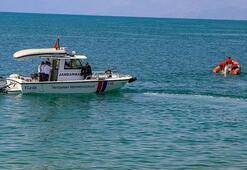 Son dakika... Van Gölünde 1 kişinin daha cansız bedeni bulundu
