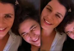 Beren Saat ve Esra Dermancıoğlu birlikte şarkı söyledi