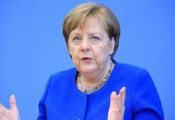 Almanya Başbakanı Merkelden bütçe ve kurtarma programında anlaşma çağrısı