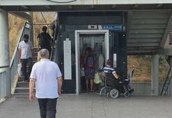 Metrobüs durağında engelli vatandaşa asansör ayıbı