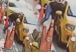 Güngörende hırsızlık kamerada Bir anda taksinin içine daldı