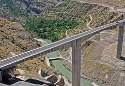Türkiyenin en yüksek köprüsü bu cumartesi açılıyor 5 saatten 2 saate düşürecek