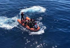 Botları batan mülteciler Sahil Güvenlik ekiplerince kurtarıldı