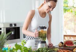 Sıcak havalarda sıvı kaybını engelleyen düşük kalorili 7 yaz içeceği
