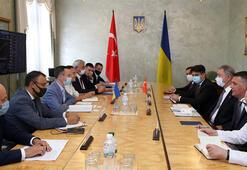 Bakan Akar, Ukrayna Ekonomik  Kalkınma, Ticaret ve Tarım Bakanı Igor Pedraşka ile görüştü