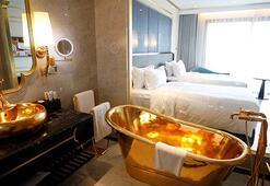 Bu otelde her şey altın kaplama