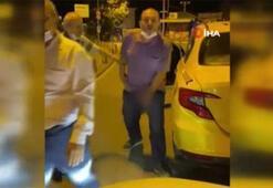 İstanbul'un göbeğinde iğrenç hareket Taksici cinsel organını gösterdi...