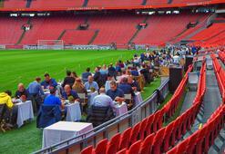 Ajaxın stadı restorana döndü