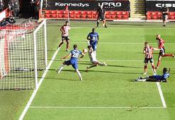 Chelsea, Sheffield Uniteda dağıldı
