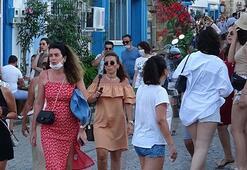 Tatilcilerle dolup taşan Bozcaadada büyük tedirginlik