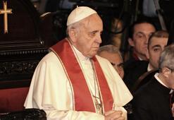 Türk tarihçi ve ilahiyatçılardan Papaya geçmişi hatırlattı Cordoba için de acı çekiyor mu