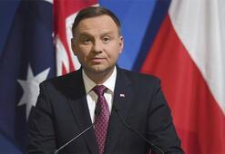 Polonyada Cumhurbaşkanlığı seçimlerinin galibi Andrzej Duda oldu