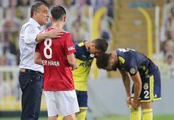 Son dakika Fenerbahçe haberleri   Mert Hakan ve Emre Belözoğlu maçı sonunda böyle görüntülendi...
