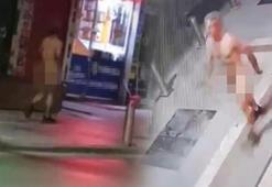 Kocaelinde bir vatandaş çıplak bir şekilde kaldırımda yürüdü