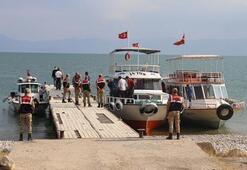 Van Gölünde gerçekleşen tekne faciasında ölü sayısı artıyor