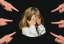 Akran zorbalığı nedir, nedenleri nelerdir Çocuklarda akran baskısını önlemek için öneriler