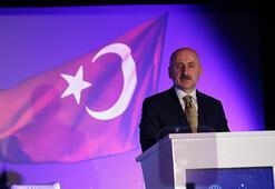 Bakan Karaismailoğlu, Ankara Garında gençlerle buluştu: Genişbant abone sayısı 77 milyona çıktı