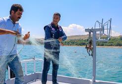 Vanda balıkçılar 90 gün sonra vira bismillah diyerek göle ağlarını bıraktı
