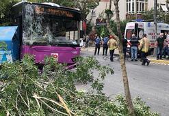 Avcılarda halk otobüsü kaza yaptı