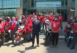Bakan Kasapoğlu, motosikletçileri Gençlik ve Spor Bakanlığı'nda karşıladı