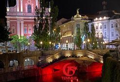 Ljubljananın simgesi Türk bayrağıyla aydınlatıldı