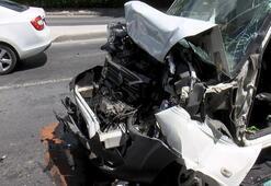 Bakırköyde kaza 5 araç birbirine girdi