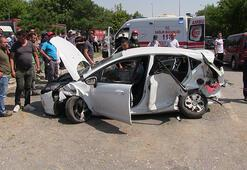 Konyada otomobil ile taksi çarpıştı: 1 ölü, 5 yaralı