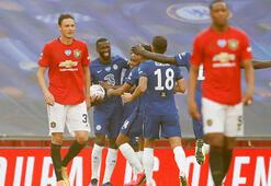 Chelsea, Manchester Unitedı yıkarak finale çıktı