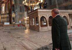 Rengini Cumhurbaşkanı Erdoğan seçti İşte Ayasofyanın halıları