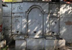 Çengelköyde tarihi çeşme yerinden kaldırıldı